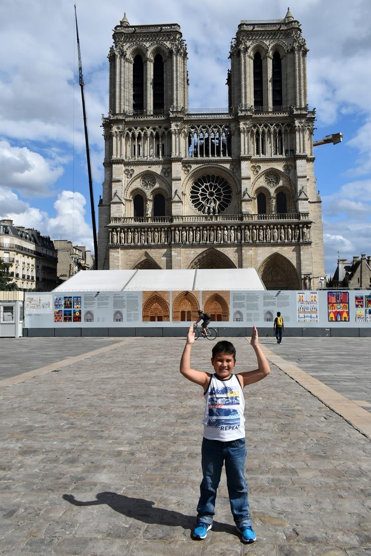 Parvis Notre Dame, Paris