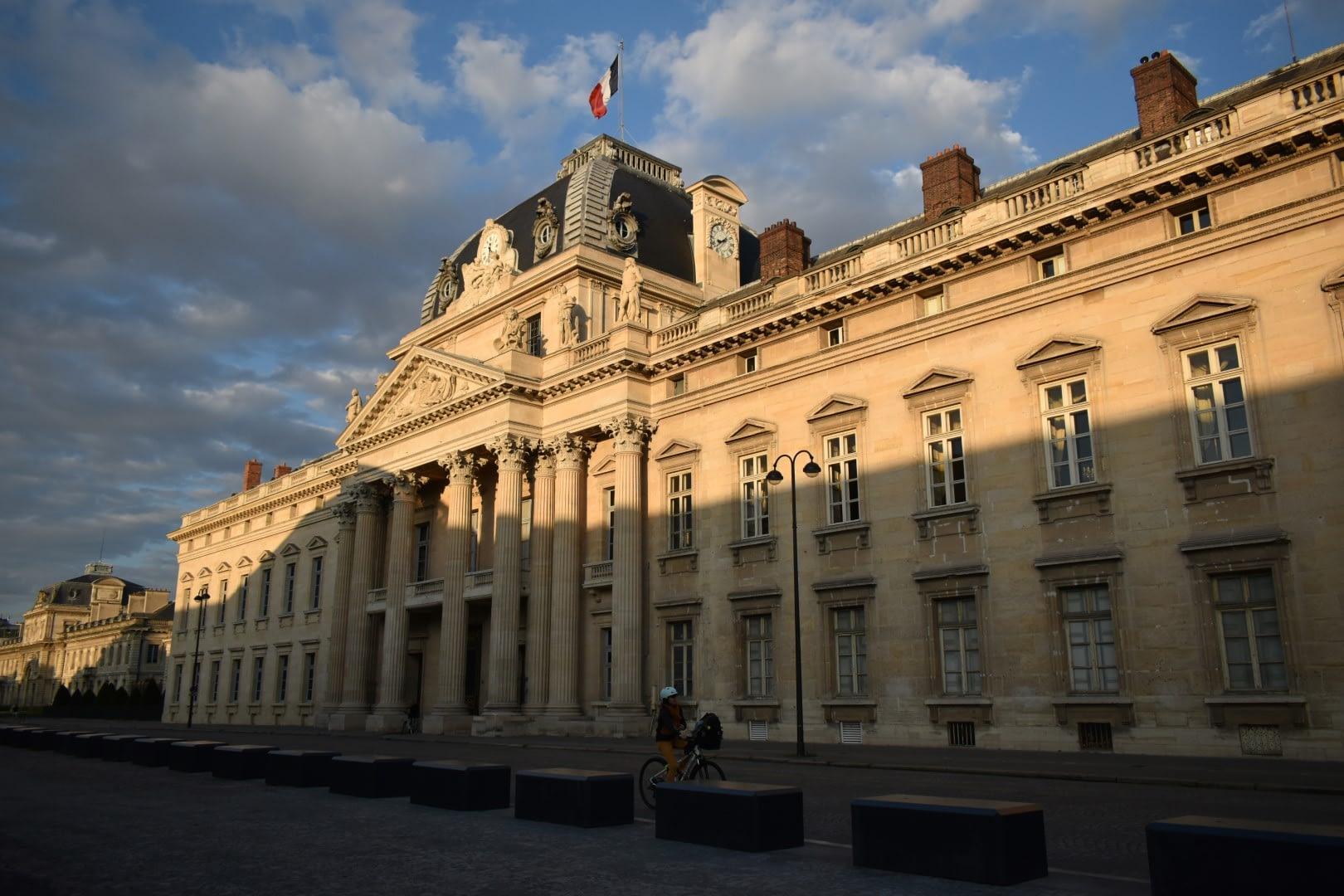 École militaire, place Joffre, Paris