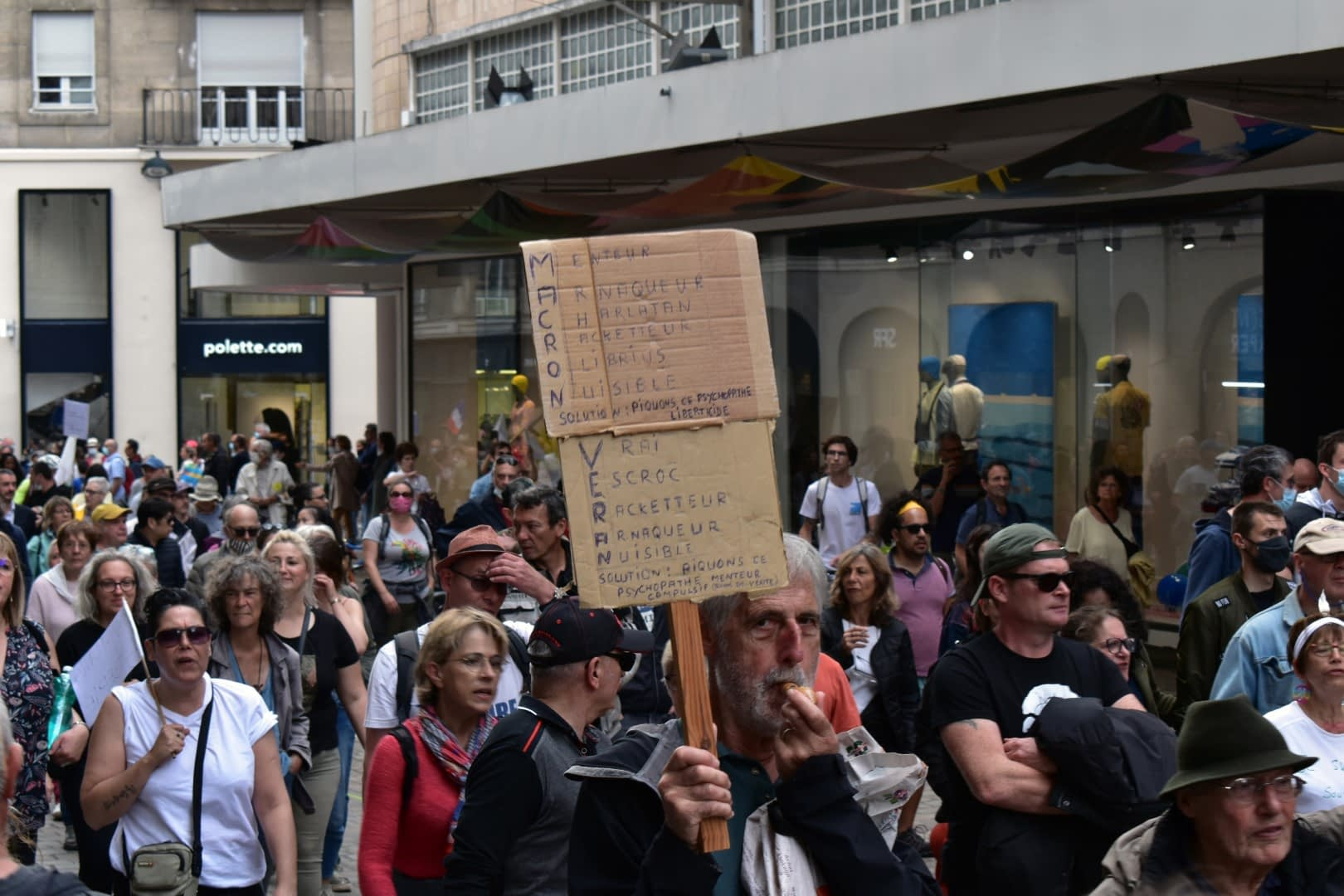 Health pass protest, Nantes, August 7, 2021