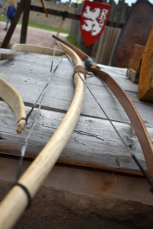 Bows and arrows at the Château de Tiffauges