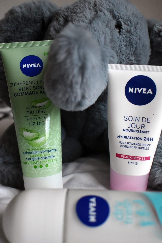 Nivéa face scrub and face cream